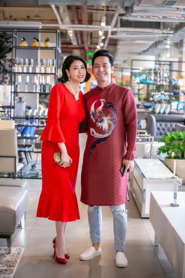Ngoài hợp tác trong công việc, trong cuộc sống, Hà Kiều Anh còn thân thiết với MC Phan Anh.