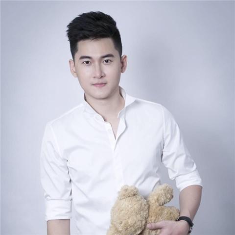 Lời tố cáo của diễn viên, ca sĩ trẻ Trần Nhật Vũ từng rơi vào vô vọng.