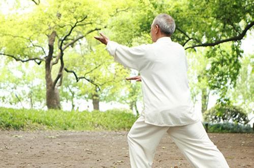 Tập dưỡng sinh rất tốt để rèn luyện và dưỡng thận.