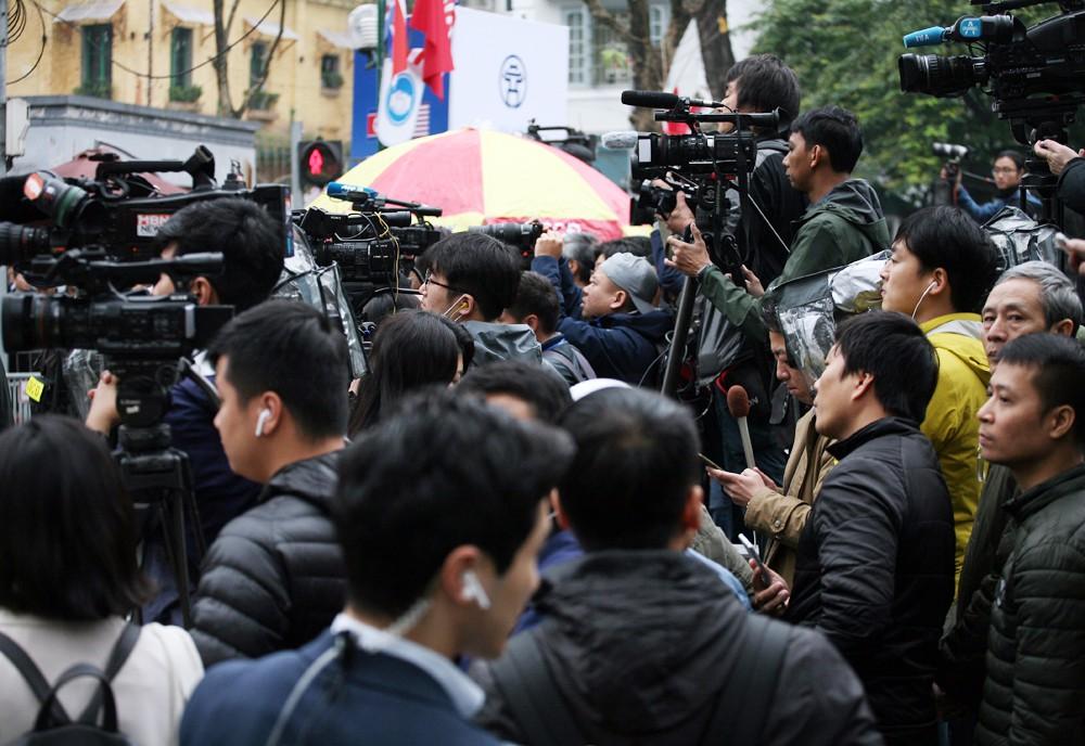Hội nghị Thượng đỉnh Mỹ - Triều: Phóng viên nước ngoài tác nghiệp như thế nào? - Ảnh 14.