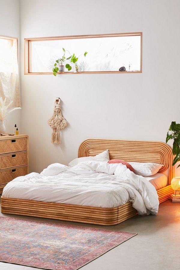 Giường mây đưa bạn đến giấc ngủ ngon (Ảnh: Urban Outfitters).