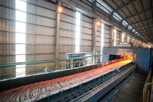 Nguyên liệu thép bên trong nhà máy Thép Hòa Phát Hưng Yên. Ảnh: TL