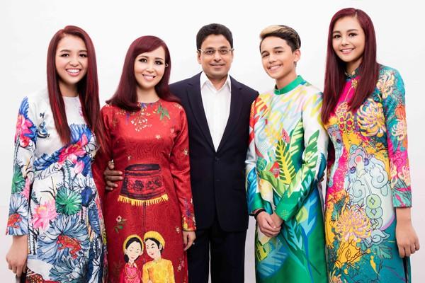 Ông xã người Ấn của Hoa hậu Việt Nam 1990 rất tự hào vì bà xã giỏi giang, đảm đang, chu toàn cả việc nhà lẫn sự nghiệp riêng.