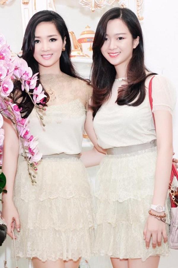 Giáng My và con gái Anh Sa trong một sự kiện gần đây.