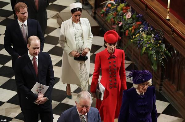 Mối quan hệ trong Hoàng gia Anh hoàn toàn bình thường không như những đồn thổi gần đây.
