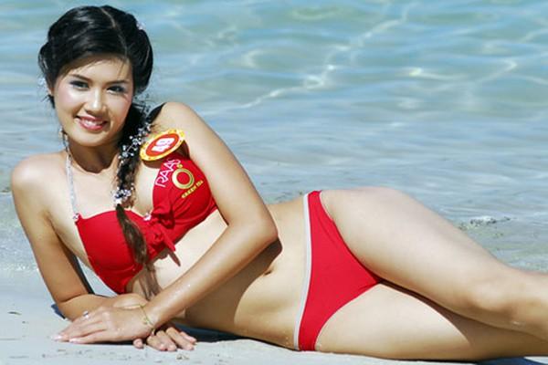 Vẻ xinh đẹp căng tràn nhựa sống của Hoa hậu Minh Thu.