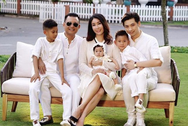 Năm 2007, Hà Kiều Anh đã kết hôn với một doanh nhân tên Huỳnh Trung Nam, là 1 đại gia nổi tiếng trong giới kinh doanh khách sạn và dịch vụ.