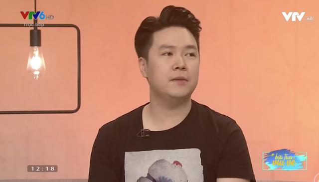 Xuất hiện trên sóng truyền hình, ca sĩ Lê Hiếu chia sẻ về cuộc sống gia đình, về bạn bè và những khoảng lặng trong cuộc sống...