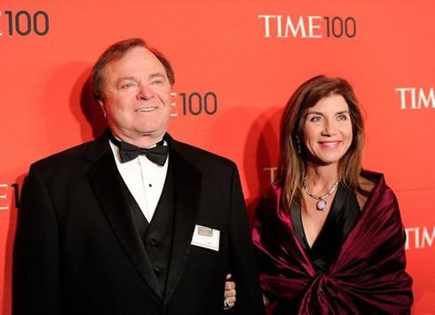 Hai vợ chồng tỷ phú Harold và Sue Ann Hamm khi còn mặn nồng. Ảnh: Celebrity Net Worth.