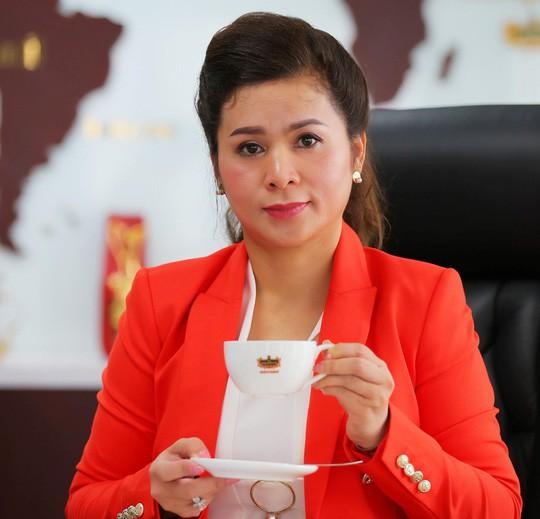 Bà Lê Hoàng Diệp Thảo nhận về khối tài sản trị giá hơn 3.000 tỷ đồng (chưa bao gồm bất động sản được chia) sau vụ ly hôn với chồng cũ.