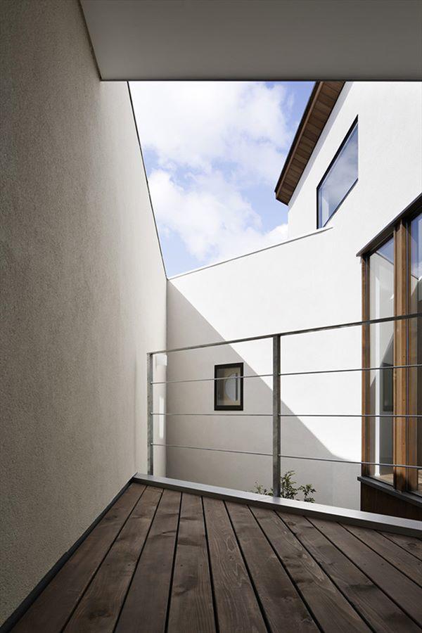 Ở bất cứ đâu trong ngôi nhà, bạn đều có thể cảm thấy được không khí trong lành, tự nhiên