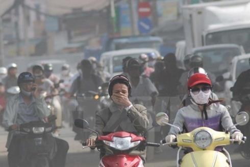 Chất lượng không khí ở Hà Nội đang ở mức báo động. Ảnh: VOV.