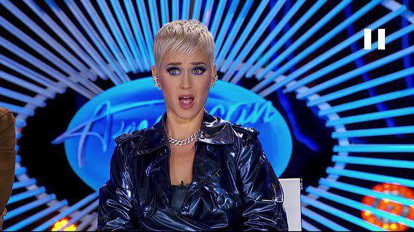 Biểu cảm tròn mắt ngạc nhiên của nữ ca sĩ Katy Perry trong phần thi của Minh Như