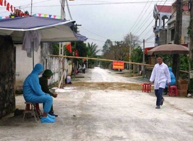 Các chốt kiểm tra dịch tại huyện Thiệu Hóa luôn có người túc trực 24/24h