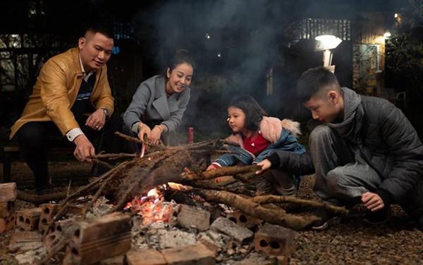 Hình ảnh gia đình Jennifer Phạm đi chơi Mộc Châu trong dịp Tết nguyên đán vừa qua.