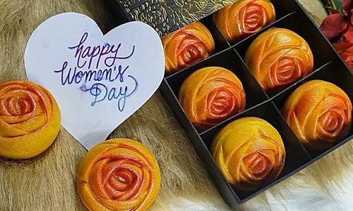 Bánh dứa Đài Loan hình bông hồng