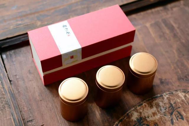 Văn hóa uống trà có một lịch sử rất lâu ở Trung Quốc, từ nhiệt độ, chất lượng nước, quá trình pha trà cũng đều ảnh hưởng đến hương vị của ly trà.