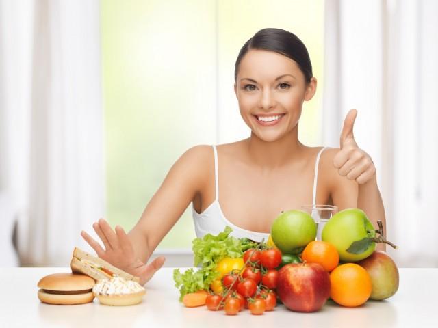 """Việc giữ cân nặng phù hợp có thể giúp """"cô bé"""" luôn trong trạng thái căng tràn sức sống. Ảnh minh họa: Internet"""
