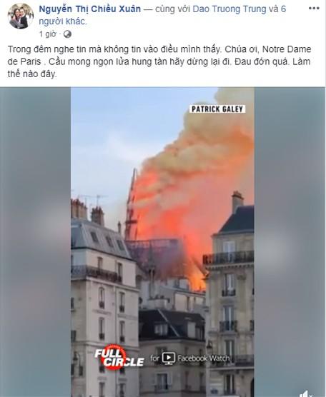 NSƯT Chiều Xuân đau lòng trước cảnh tượng nhà thờ Đức Bà sụp đổ.