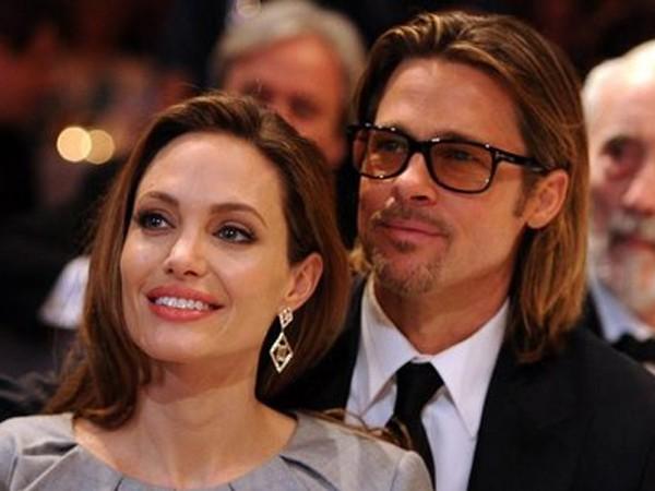 Angelina đã bỏ họ của Brad Pitt đằng sau tên mình như một lời khẳng định muốn dứt khoát với tình cũ