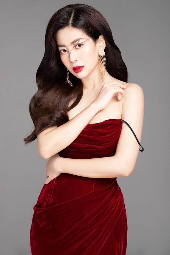 Nữ diễn viên có bộ hình kỷ niệm 8/3 sau một thời gian dài điều trị bệnh