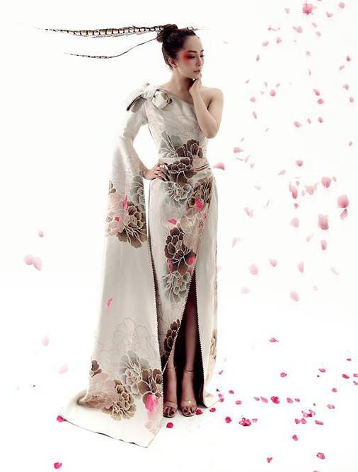 Quỳnh Nga trong shoot hình thời trang