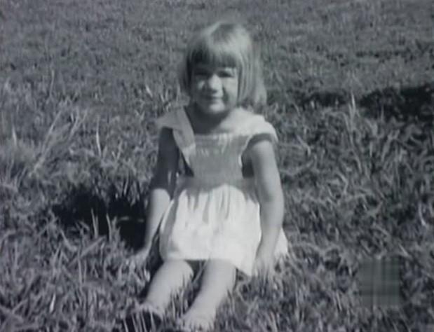 Hình ảnh bé gái 4 tuổi.