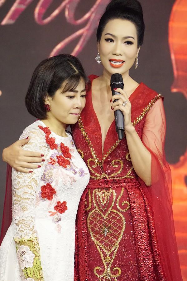 Diễn viên Mai Phương và Á hậu điện ảnh Trịnh Kim Chi.