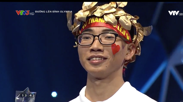 Người giành được vòng nguyệt quế là Vũ Văn Thành (THPT Điềm Thuỵ, Thái Nguyên) với 250 điểm