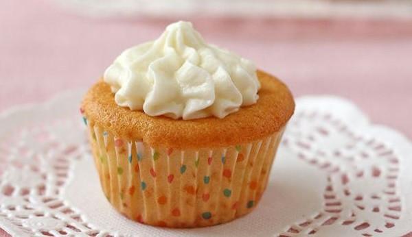 Người có bệnh gan lại càng chú ý hạn chế đường, đặc biệt là những món ăn giấu đường ở bên trong như các loại bánh, chè, đồ ngọt khác. Ảnh minh họa: Internet