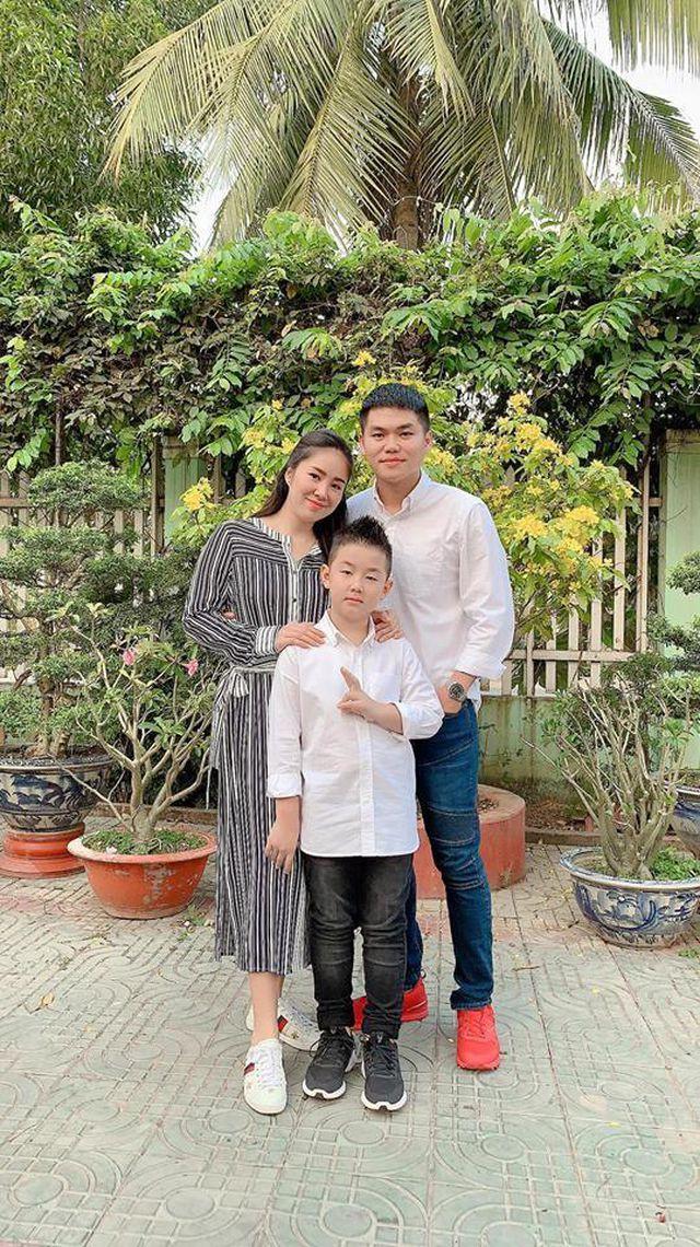 Con trai Lê Phương xem ba dượng như ba ruột.