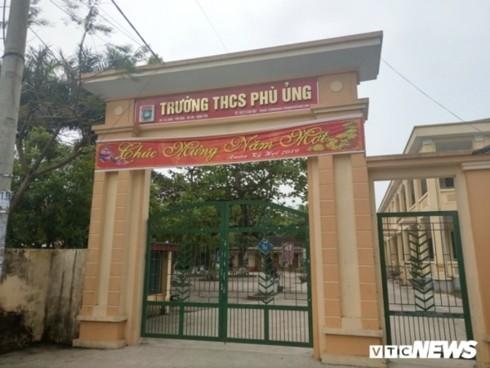 Trường THCS Phù Ủng - nơi diễn ra vụ nữ sinh bị bạn lột quần áo, đánh hội đồng (Ảnh: VTC News)