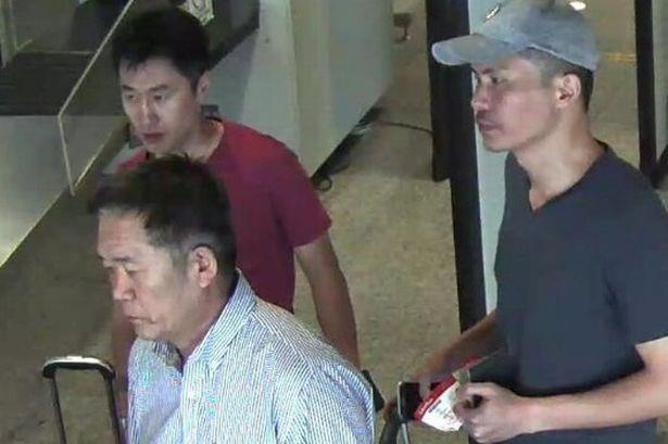 Các nghi can Triều Tiên trong nghi án Kim Jong Nam, bao gồm Ri Jae Nam, tức Hanamori (phía trước bên trái), Hong Song Hac (phía sau bên trái) and Ri Ji Hyun, tức Mr. Y (phải). Ảnh: Reuters.