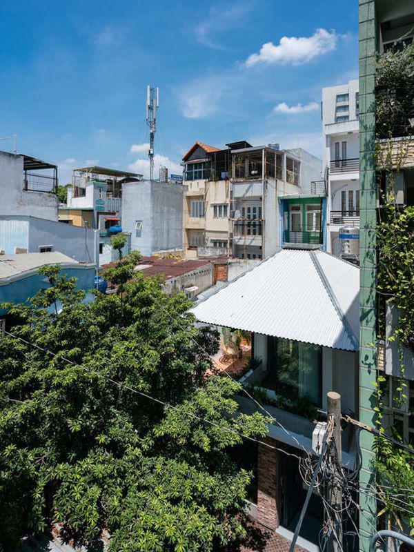 Nhà nằm ở một góc khuất trong con hẻm nhỏ tại TP HCM.