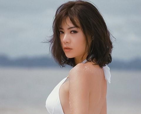 Thanh Hương cho biết cô cũng không ngại ăn mặc sexy nhưng không phải để khoe thân phản cảm hòng nổi tiếng.