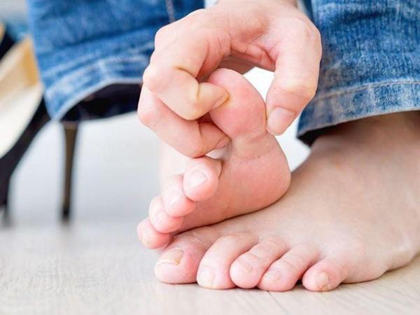 Gút là tình trạng viêm khớp, không chỉ tạo nên những cơn đau vô cùng khó chịu mà còn là dấu hiệu cảnh báo tiền tiểu đường.