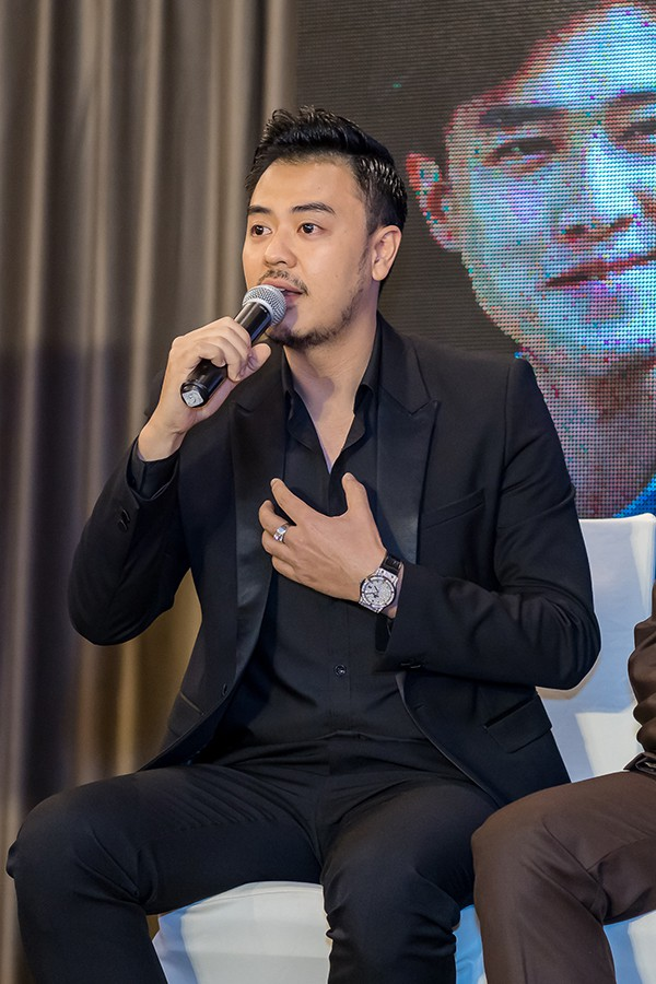 MC Tuấn Tú trải lòng về sự trở lại màn ảnh sau nhiều năm vắng bóng.