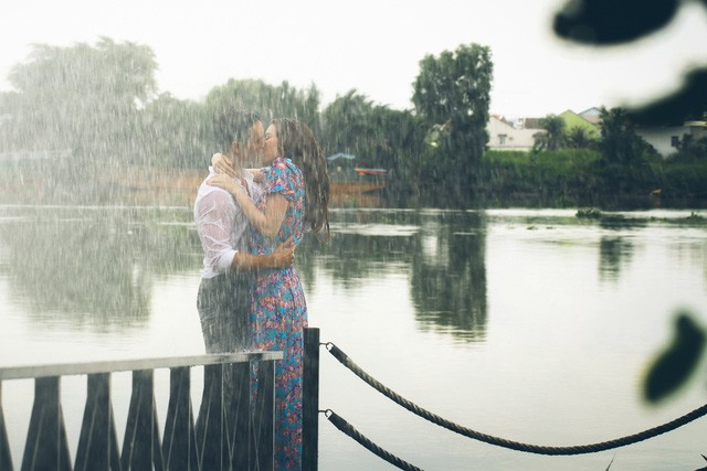 Nụ hôn nên duyên của Kim Lý và Hà Hồ