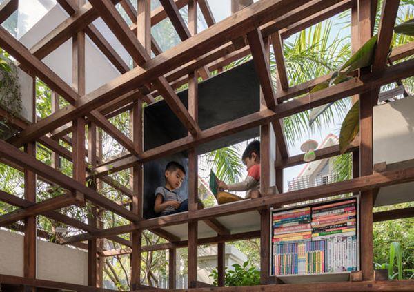 Ngoài ra, không gian VAC này còn là thư viện ngoài trời cho trẻ em.