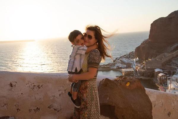 Vợ Đan Trường thường đưa con đi du lịch để bớt cô đơn.
