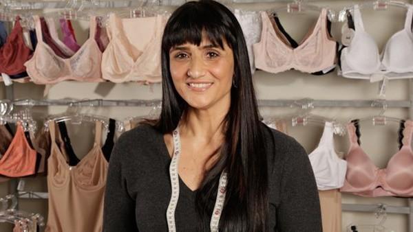 Paula Svodoba, chuyên gia về trang phục của Triumph Lingerie cho rằng bỏ áo ngực không hẳn là ý kiến hay.