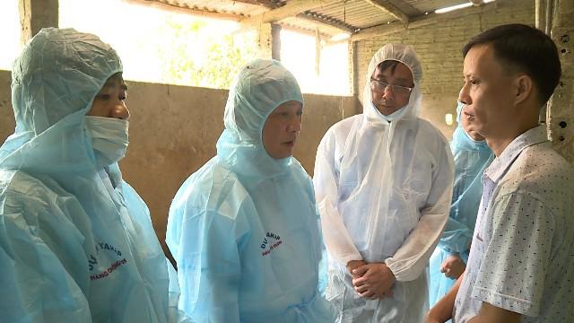Phó Chủ tịch Thường trực UBND tỉnh Hà Giang Nguyễn Minh Tiến đã có buổi kiểm tra thực tế công tác phòng, chống, dập dịch tả lợn Châu Phi tại thôn Vén, xã Tân Trịnh, huyện Quang Bình.