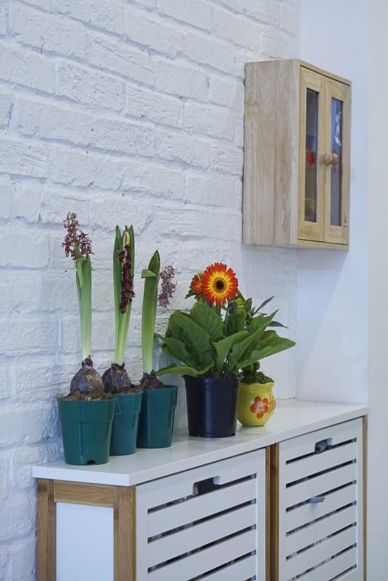 Các thành viên trong gia đình đều bận rộn với công việc kinh doanh. Phong cách tối giản của ngôi nhà giúp họ thấy nhẹ nhõm, thư giãn khi trở về.
