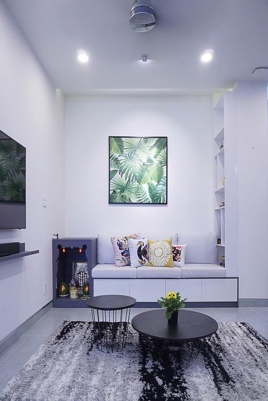 Nhóm kiến trúc sư đặt ra mục tiêu tối ưu diện tích sử dụng trong phạm vi xây dựng cho phép. Bên cạnh đó, tất cả các phòng và không gian giao thông phải có ánh sáng tự nhiên, đảm bảo ngôi nhà được thông thoáng.
