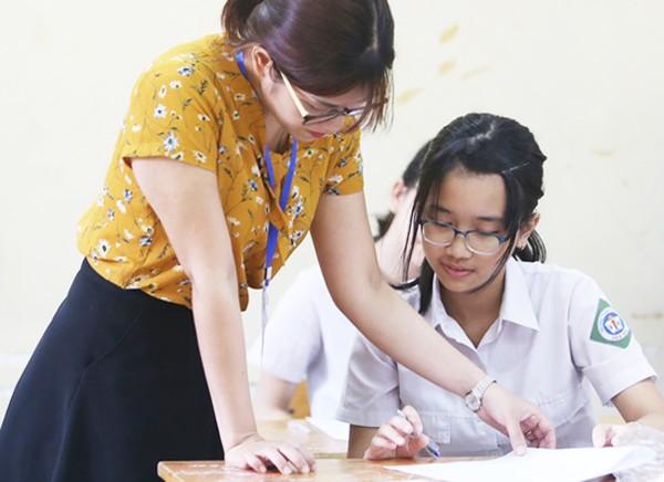 Thí sinh thi vào lớp 10 tại Hà Nội năm 2018. Ảnh: Ngọc Thành