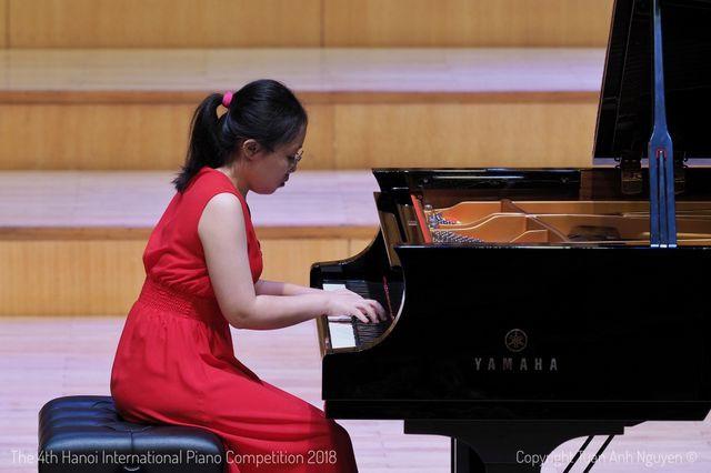 Nguyệt Hà vừa được Nhạc viện uy tín Lawrence - Đại học Lawrence của Mỹ cấp học bổng cho 4 năm học.