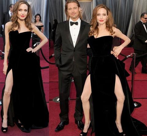 Chỉ với hành động khoe chân một cách cố ý, Angelina Jolie đã trở thành đề tài châm chọc của Hollywood