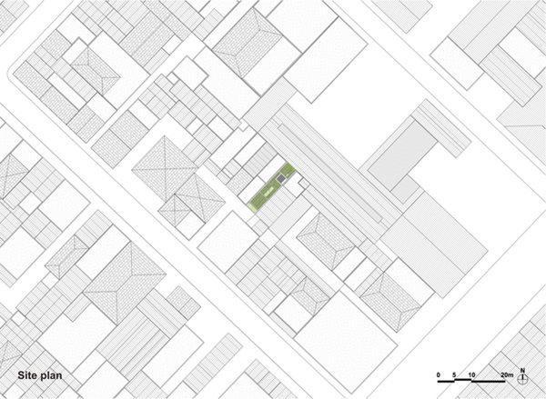 """Ngôi nhà """"biết thở"""" nằm ở trung tâm thành phố Hồ Chí Minh trên khu đất rộng 3,9m và sâu 17,8m"""
