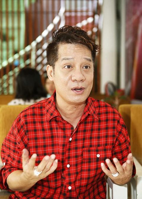 Minh Nhí vẫn làm việc bận rộn ở tuổi 56.