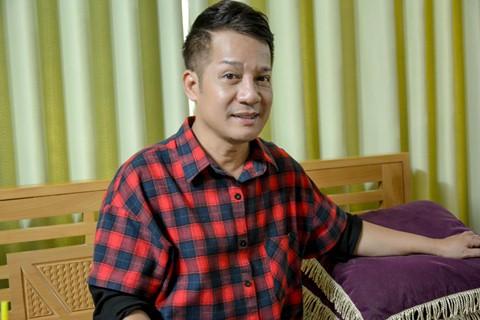 Với Minh Nhí, dù nghiệp diễn vất vả nhưng nam nghệ sĩ vẫn tìm thấy niềm vui, không quản mệt nhọc.